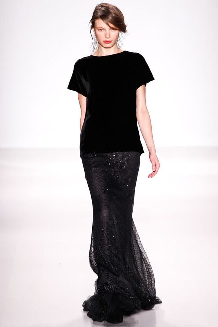 Tadashi Shoji | Fall 2014 Ready-to-Wear Collection http://sulia.com/channel/models/f/33aeb399-3d12-4bbb-9e27-cb2febdd64c1/?source=pin&action=share&btn=small&form_factor=desktop&pinner=118487941