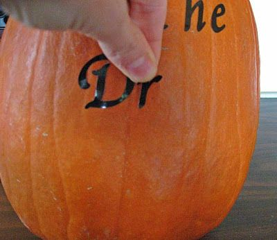 Fall decorating idea: Reverse Stencil Pumpkin