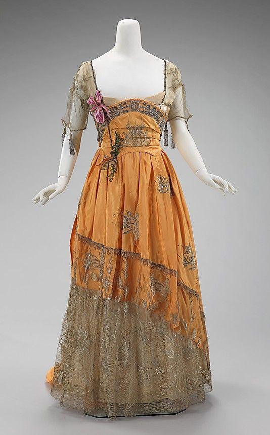 Evening dress, 1910-14  House of Worth