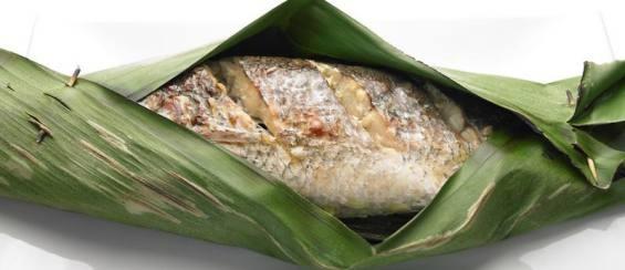 Grilled Whole Fish On Banana Leaf Recipe — Dishmaps