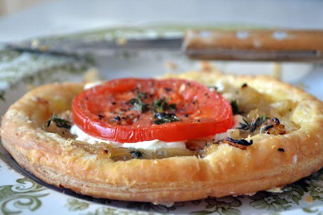 Caramelized Onion and Goat Cheese Tarts   Tarts   Pinterest