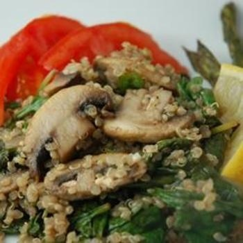Robins Quinoa with Mushrooms and Spinach   Best Pins Today!   Pintere ...