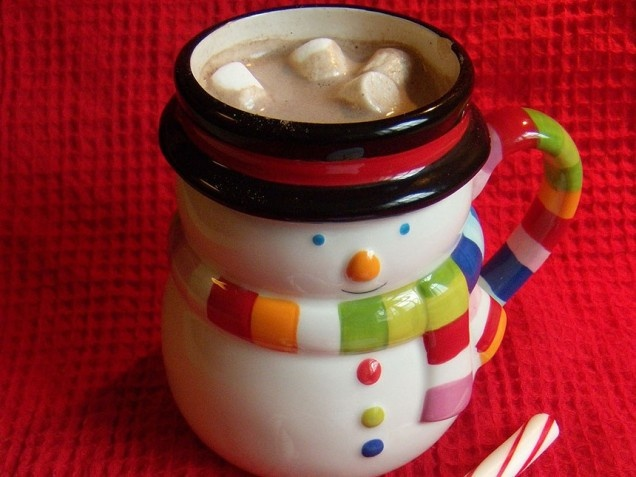 White Chocolate-Peppermint Hot Cocoa | Christmas | Pinterest