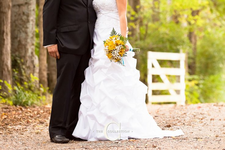 Yellow and Aqua Outdoor Wedding at Traveler's Rest Plantation in Nashville, TN. Photographed by Erin Lee of www.thephotographycollection.com. All details by the bride- myladydye.com