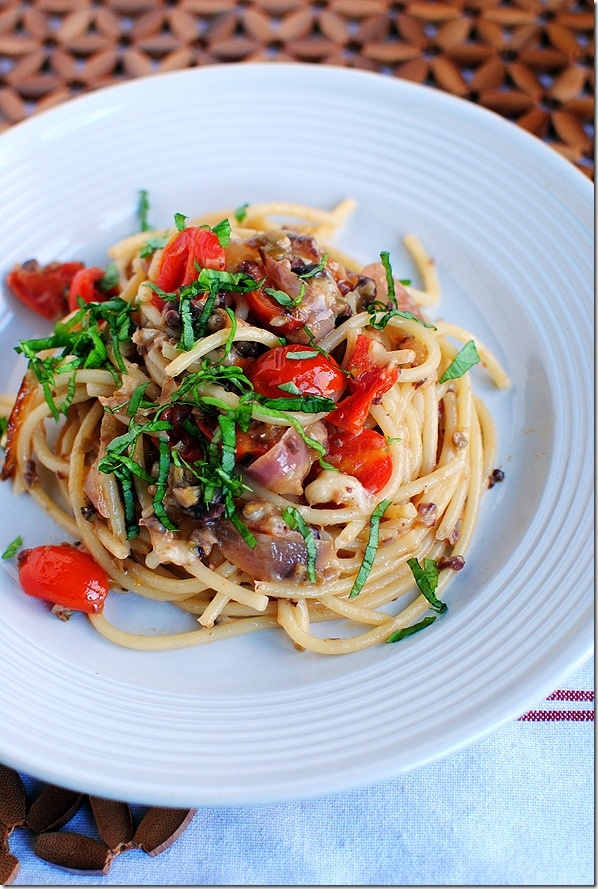 Pasta Puttanesca ... Looks so good. Though, I would nix the anchovies