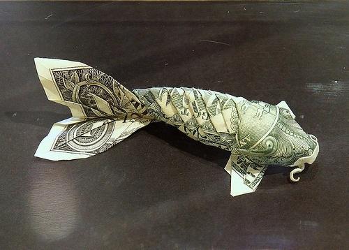 Dollar origami koi i love fishes pinterest for Dollar bill koi fish