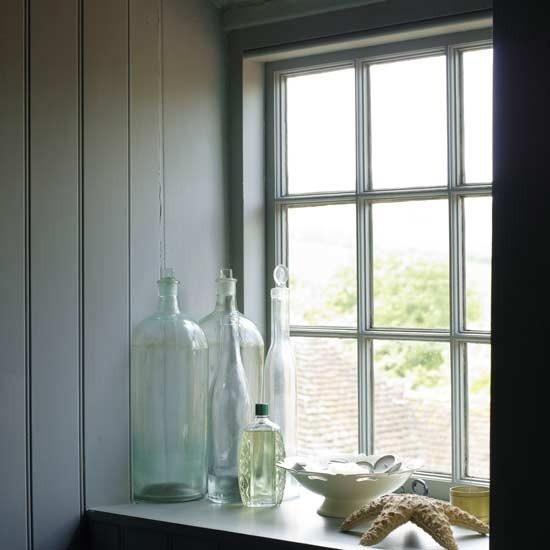 Window sill bathroom pinterest - Window sill or windowsill ...