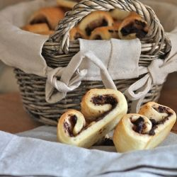 Palmiers with black olive tapenade | Sweet & savory Pastries | Pinter ...