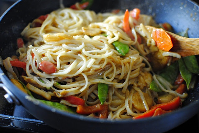 Vegetable Pad Thai. | Savoury Dishes | Pinterest