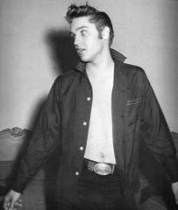 Cool Elvis | My music icon's | Pinterest: pinterest.com/pin/424323596111368987