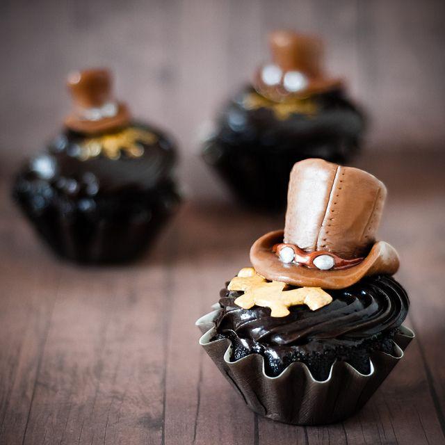 Steampunk cupcakes.