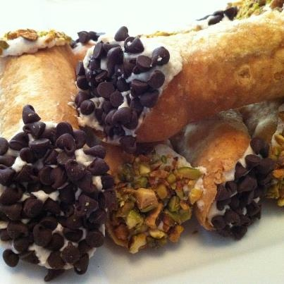 Homemade gluten free cannoli ... easy and delicious!