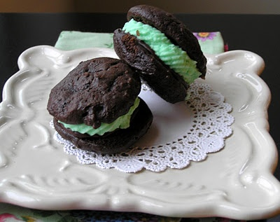 whoopie pies with marshmallowy mint filling and rich chocolate ganache