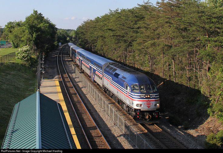 Virginia rail express vre mpi mp36ph 3c at woodbridge virginia by