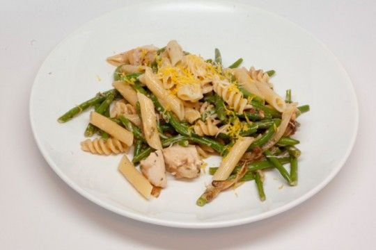 chicken pasta with caramelized onion roasted garlic thyme parsley ...
