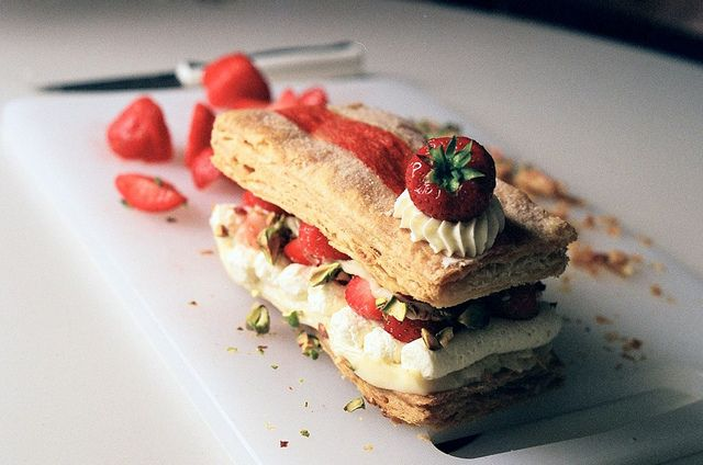 strawberry mille feuille : pistachio + white chocolate cream + vanilla ...