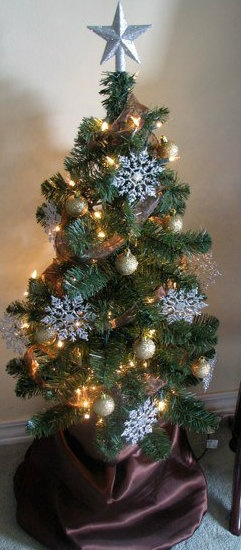 Small Decorated Trees Christmas Crafts Pinterest