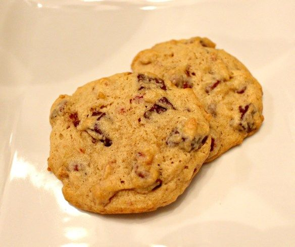 Maple Bacon Chocolate Chip Cookies www.alittleglitter.com