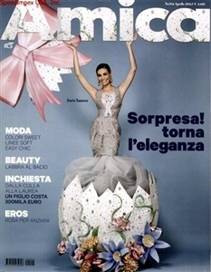 Amica interprets the traditional themes of women's magazines.