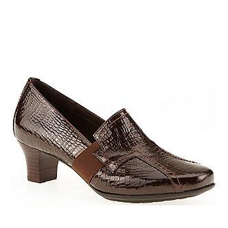 Aravon Women s Estelle Slip-On Shoes