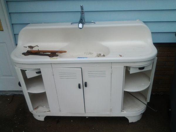 Vintage Farmhouse Kitchen Sink Cabinet Vintage Kitchen Pinterest