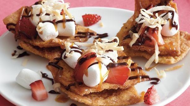 Strawberry Chocolate Nachos | Recipe