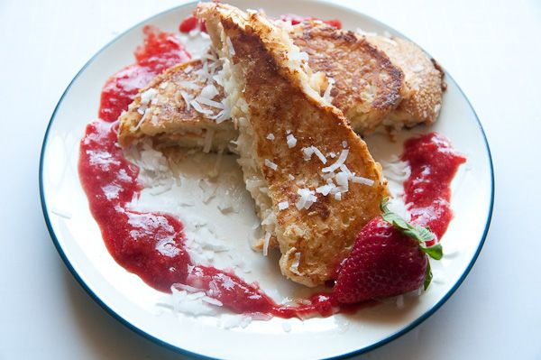 Coconut Crusted Stuffed French Toast. I'd nom that coconut mascarpone ...