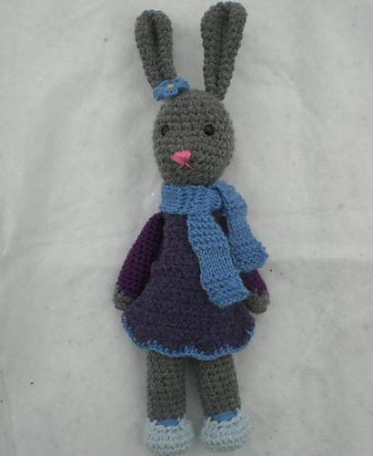 Ravelry: Yarnigans Amigurumi Bunny pattern by Rachel Borello Carroll free
