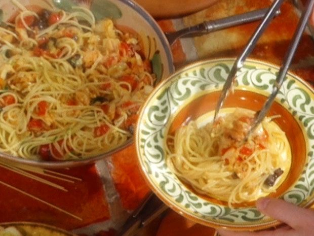 Spaghettini with Salt Cod and Tomatoes: Spaghettini con Baccala e ...