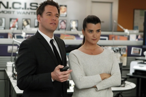 When will tony and ziva hook up