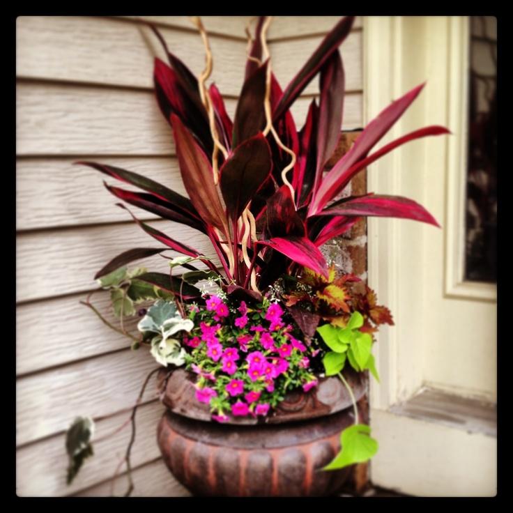 Outdoor Flower Pots With Flowers Outdoor Flower Pot Arrangement