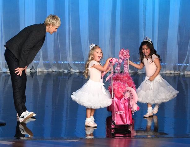 Ellen gives Sophia Grace & Rosie something to help them travel in style!