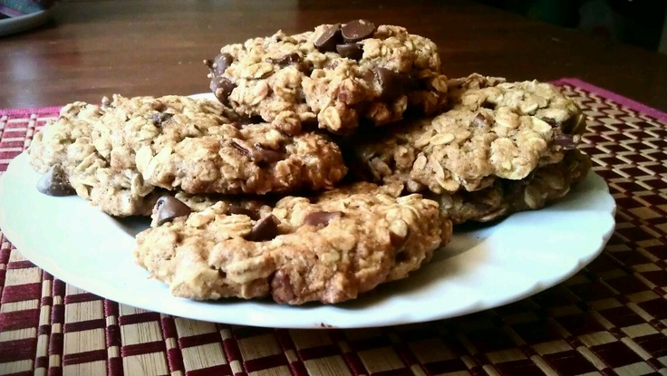 Oatmeal pecan chocolate chip cookies! | Food | Pinterest
