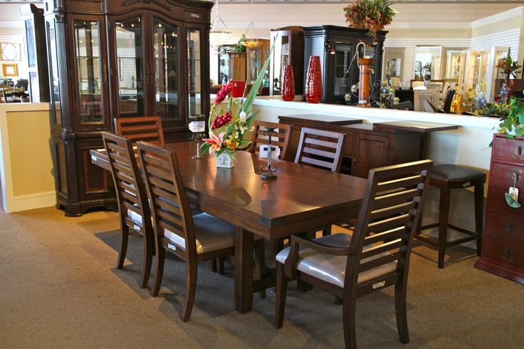 Pin By Colleen 39 S Consignment On Divine Dining Rooms Kitchens Pint