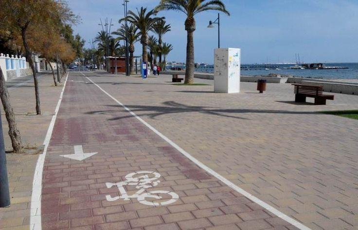 En bici de Santiago de la Ribera a Las Salinas
