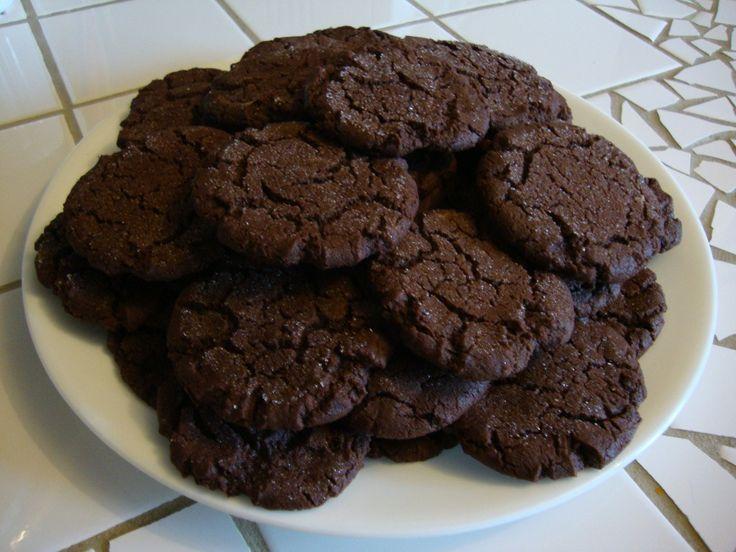 The Best Chocolate Fudge Cookies Ever! | graduation | Pinterest