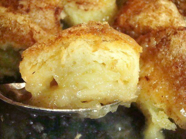 Hot Apple Dumplings: 2 Granny Smith apples 1 cup water 1 cup sugar ...