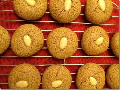 Quinoa almond cookies | {food} cookies | Pinterest