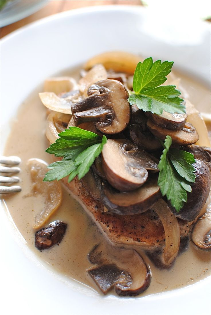 Pork Chops and Mushrooms in a White Wine Sauce (sub butter cream)