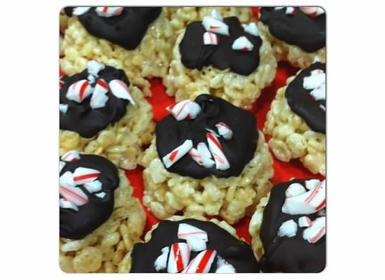 On Cloud Yum: Chocolate & Candy Cane Topped Rice Krispie Treats