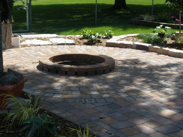 Brick fire pit casual cottage for Backyard brick fire pit