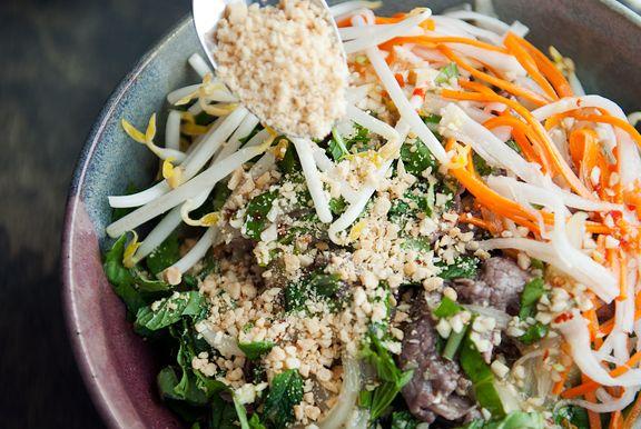 Vietnamese Bun Bo Xao (Noodle Salad Beef Stir-Fry). Must try to make ...