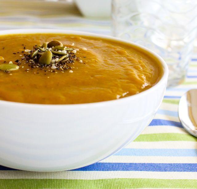Velvet Butternut Squash and Apple Soup | Yummmmmm | Pinterest