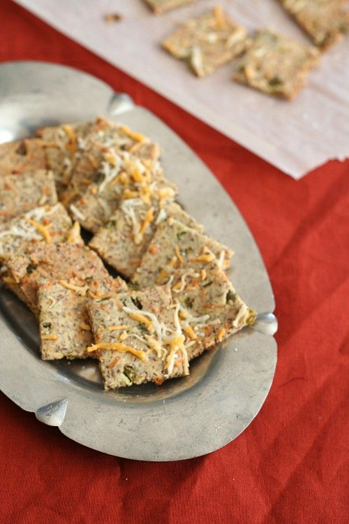 Low Carb Cheddar Jalapeno Crackers | Happy Bellies :) | Pinterest