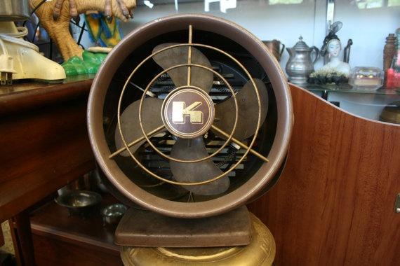 1920's kenmore fan. for those baaaalmy flahhhrdah eve'nins sippin tea...