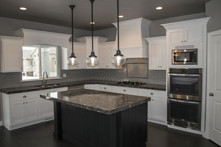 Kitchen Pendant Lights Over Island 736 x 489