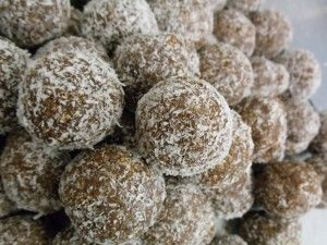 Traditional Rum Balls - #RaveReviews | Favorite Recipes | Pinterest