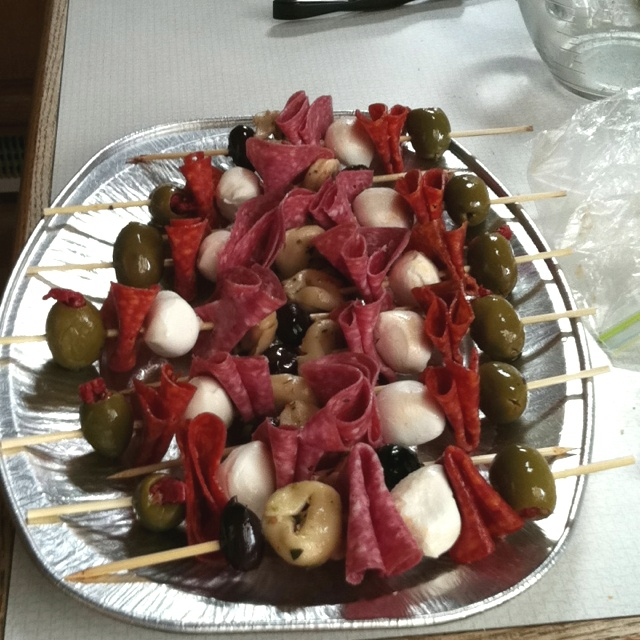 Antipasto skewers | Foodie journal | Pinterest