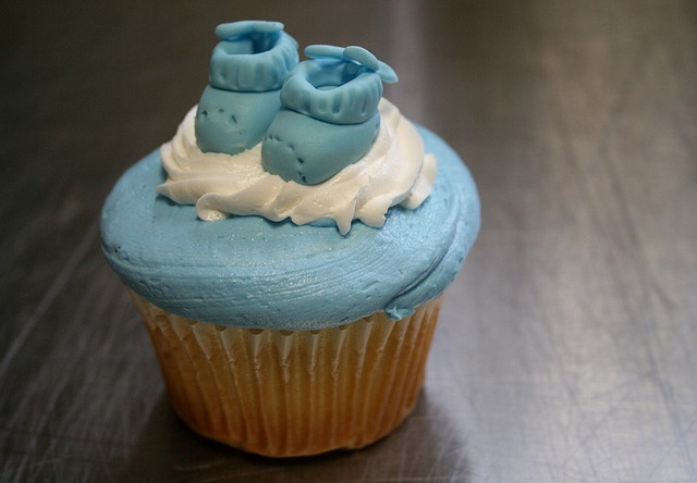 baby bootie cupcakes