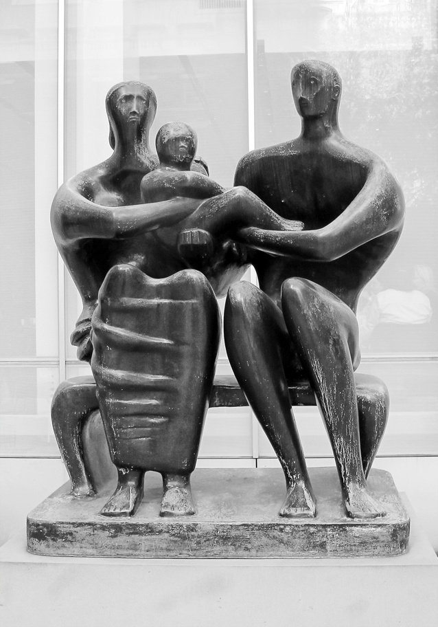 Henry Moore - MoMa - NYC. By Klaus Oppenheimer